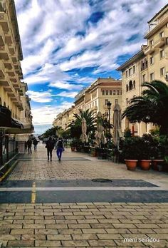 Photo by Meni Seiridou Thessaloniki, Sufi, One And Only, Macedonia Greece, Places To Visit, Mansions, House Styles, City, Landscapes
