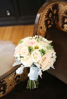 Classic bouquet by Chloe Moore Photography  | onefabday.com