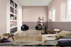 How to decorate with Dulux Colour of the year 2018 Heart Wood a grey-pink or grey-mauve colour that is both comforting and inviting. It represents the warmth of natural wood. Turn your home into a cocoon, a sanctuary. #Heartwood #CF18 #DuluxHeartwood Interiors tips and ideas, home decor