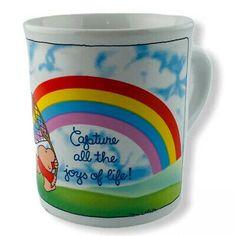 Vintage Tom Wilson Ziggy Capture The Joys Of Life Stoneware Mug 1884 Rainbow Tom Wilson, Joy Of Life, Stoneware Mugs, Vintage Cartoon, Toms, Rainbow, Ebay, Rain Bow, Rainbows