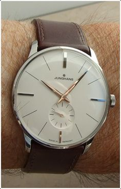 A watch like this can easily add elegance to your attire.