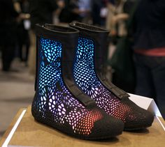 http://3dprintingindustry.com/wp-content/uploads/2015/04/sols-3D-printed-shoes.jpg
