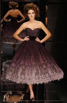 Purple ombré lace from Elie Saab fall 2008 #fashion #lace #women #dress