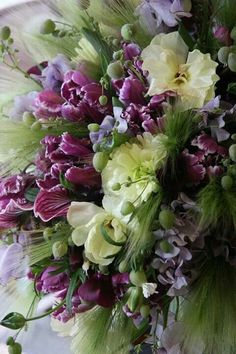 tulip,ranunculus,sweet pea and orchid All Flowers, Fresh Flowers, Spring Flowers, Beautiful Flowers, Wedding Flowers, Orchid Flower Arrangements, Beautiful Flower Arrangements, Floral Bouquets, Bouquet Champetre