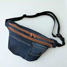 Wrangler Jeans, Festivals, Bags, Fashion, Upcycled Crafts, Fanny Pack, Textiles, Hand Bags, Handbags