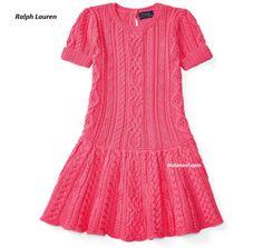 Платье спицами для девочек от Ralph Lauren - СХЕМА НА БЛОГЕ ПО ССЫЛКЕ http://mslanavi.com/2018/06/plate-spicami-dlya-devochek-ot-ralph-lauren/