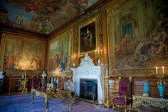 Inside Windsor Castle Queens Bedroom | Windsor Castle