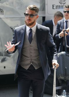 Sergio Ramos llegando al hotel en Milán