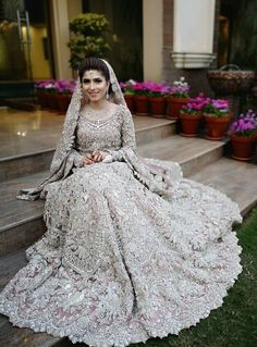 Bridal Anarkali Suits, Pakistani Wedding Dresses, Eastern Dresses, Dream Wedding, Indian, Fashion, Moda, Fashion Styles, Fashion Illustrations