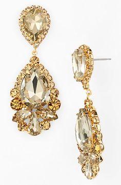 Glitzy gold 'glam drops' http://rstyle.me/n/n6rdan2bn