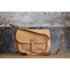 Meet your new favorite bag. Introducing – Levi's Leather Goods.Made in Italy,