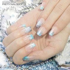 #pastell   #blue   #trendstyle   #trends   #nails   Pastellblau ist DIE Winterfarbe überhaupt! Dazu passen Schneeflocken und eisiges Silbergrau natürlich perfekt. Findet Ihr nicht auch?