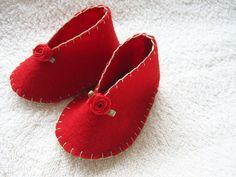 ALANGOO - Little Red handmade baby shoes