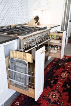 The kitchen that is top-notch white kitchen , modern kitchen , kitchen design ideas! Galley Kitchen Design, Galley Kitchen Remodel, Small Galley Kitchens, New Kitchen, Home Kitchens, Kitchen Ideas, Kitchen Modern, Kitchen Hacks, Cheap Kitchen