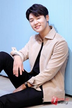 28 Super Ideas For Famous Pop Art Painting Life Cnblue, Minhyuk, Kang Min Hyuk, Lee Jong Hyun, Jung Yong Hwa, Lee Jung, Asian Actors, Korean Actors, Dramas