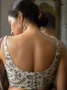 Indian Actress Hot Pics, Most Beautiful Indian Actress, Blouse Designs Silk, Blouse Patterns, Sexy Blouse, Saree Blouse, Saree Backless, Ripped Girls, Aesthetic Body