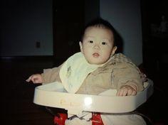 Jay Park had some really chubby cheeks as a baby. So cute :) Jay Park, Park Jaebeom, Jaebum, Mamamoo, Music X, Chubby Cheeks, Park Photos, My Land, Kpop Boy