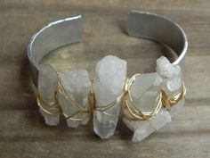 Crystal point bracelet modern aluminum and rock by AdrianaSoto
