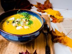 Porkkana-vuohenjuustokeitto Everyday Food, Thai Red Curry, Soup, Ethnic Recipes, Soups