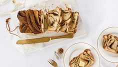 Chocolate Babka Bread Recipe: How to Make the Best Babka Cake Chocolate Babka, Lindt Chocolate, Frozen Chocolate, Babka Cake, Babka Bread, Birthday Desserts, Our Daily Bread, Sweet Bread, Dessert Recipes