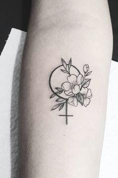 Tattoos For Women Small, Small Tattoos, Cool Tattoos, Piercing Tattoo, Mini Tattoos, Rose Zeichnung Tattoo, Rose Drawing Tattoo, Nouveau Tattoo, Feminist Tattoo