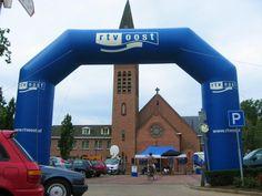 Ook RTV-oost was regelmatig te gast bij de overbekende Hellehondsdagen in De Lutte! In het weekend van 13, 14 en 15 juli 2012 wederom drie dagen zomerfeesten.