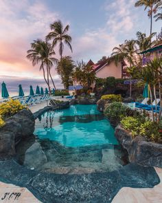 25 stunning hotels where you won't get bored spending your time at the swimming pool. Hotel Swimming Pool, Luxury Swimming Pools, Best Swimming, Luxury Pools, Dream Pools, Barbados Resorts, Visit Barbados, Backyard Pool Designs, Swimming Pool Designs