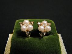 Vintage Avon Gold Tone White Faux Pearl and by JewelryStash, $18.25