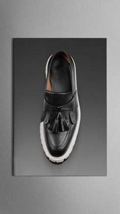 Shop the men's shoes collection from Burberry featuring sartorial leather brogues, trainers, ankle boots and runway-inspired designs Burberry Shoes, Leather Brogues, Tassel Loafers, Leather Tassel, Stella Mccartney Elyse, Men S Shoes, Shoe Collection, Moccasins, Footwear