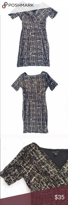 """Ann Taylor printed knit dress Gorgeous medium weight knit printed dress from Ann Taylor. Features short sleeves, invisible side zipper, and flattering attached """"sash"""" across the front waistline. Like new. Ann Taylor Dresses Mini"""
