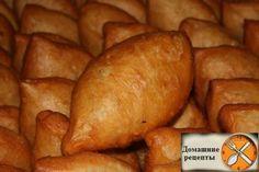 Patiserie sărată Archives - Page 2 of 33 - Bucatarul. Bulgarian Desserts, Ukrainian Recipes, Russian Recipes, My Recipes, Sweet Recipes, Cooking Recipes, Favorite Recipes, Good Food, Yummy Food