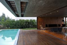 indoor + outdoor living // Casa-FF-by-Fritz+Fritz-arquitectos