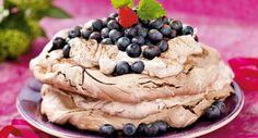Opskrift med marengs | Chokolade- marengslagkage med chokoladecreme