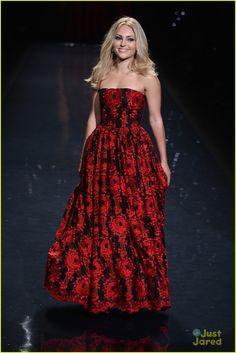 AnnaSophia Robb: Red Dress Fashion Show 2014 | annasophia robb red dress fashion show 2014 10 - Photo