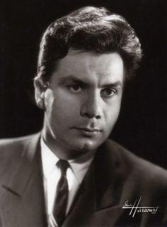 Très rare portrait de Michel GALABRU par studio HARCOURT 1952