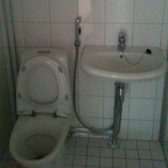 A toilet in my apartment I'm plannning to sell.