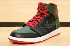 Jordan Brand grab the luxury palette and whip up another banger of the Air Jordan 1. #sneakers #gucci