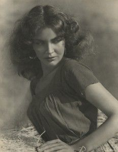 """Jennifer Jones publicity still for """"Duel in the Sun"""" as """"Pearl"""" - Ah! dubbed """"Lust in the Dust"""" by the critics, this is a hot & sultry tale!"""