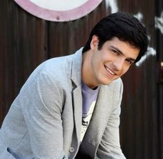 Mateus Solano Brazilian Men, Facebook, Blazer, Boys, Fictional Characters, Nice, Shopping, Funny Quotes, Actor