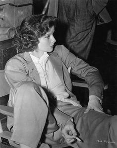 "summers-in-hollywood: ""Katharine Hepburn smoking on the set of Bringing Up Baby, 1938 "" Hollywood Fashion, Old Hollywood Style, Vintage Hollywood, Hollywood Glamour, Hollywood Stars, Hollywood Actresses, Classic Hollywood, Hollywood Icons, Katharine Hepburn"