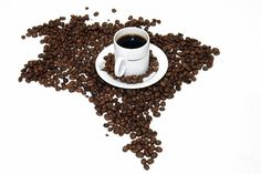 The Traditional Brazilian Coffee Recipe is really strong, but that's how Brazilians like it. Brazilians drink a lot of coffee throughout the day but in small cups. Brazilian Drink, Brazil Coffee, Chicago Coffee, Coffee Supplies, Coffee Facts, Coffee Blog, Coffee Culture, Coffee Time, Coffee Coffee