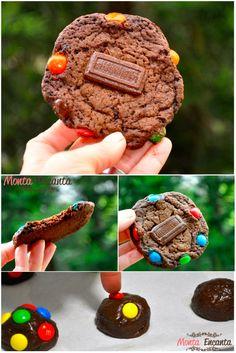 Cookies de M&M'S Para apaixonados, encantados, loucos e fissurados por cookies de chocolate esta receita é mais que perfeita! Leva chocolate em dobro!