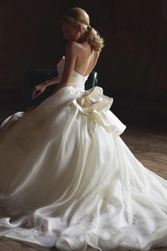 #EPNV31 #NOVARESE #weddingdress #ribon #ノバレーゼ #ウエディングドレス #Aライン #オーガンジー #ビスチェ