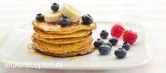 pancakes made of egg and banana Tasty Pancakes, Pancakes And Waffles, I Love Food, Good Food, Yummy Food, High Tea, Diy Food, Superfood, Brunch