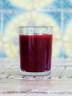 Recipe:ビーツとりんごのジュース/りんごの自然な甘みで根菜を感じさせない飲みやすさ