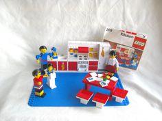Vintage Lego kitchen set - #269, near-complete! 1973, 1978, Homemaker Impulse, maxifigs, early minifigs, 1970s Legos, kit