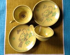 Nittsjo vintage scandinavian pair of yellow cups and saucers - onlygoodvintage Brutalist Design, Yellow Cups, Vintage Pottery, Contemporary Jewellery, Vintage Buttons, Cup And Saucer, Scandinavian, Vintage Jewelry, Vintage Ceramic