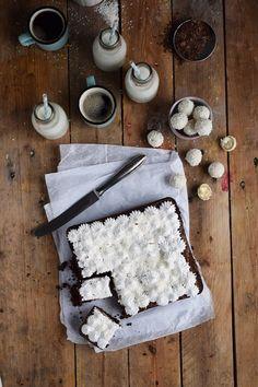 Raffello Brownies - Brownies With Coconut Truffles And Coconut Meringue | Das Knusperstübchen