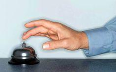 9 dicas para aumentar a qualidade no atendimento ao cliente. Você só existe enquanto empresa se houver um cliente disposto a comprar seu produto ou serviço. Ponto. Não há como discutir com essa realidade. Mas há empresas e profissionais que ignoram solenemente essa máxima. - http://ht.ly/9pz9x