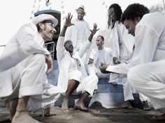 O Auditório do Ibirapuera recebe no sábado, 25, a banda Nhoconé Soul e como convidado especial o coletivo de teatro Dolores Boca Aberta.
